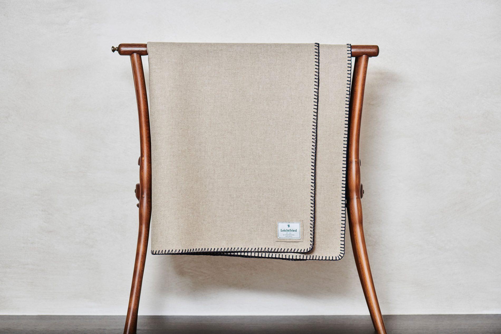 Merino wool blanket Lech (DDmG 600/5023-5023/2010)